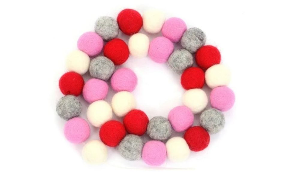 how to make felt ball garland