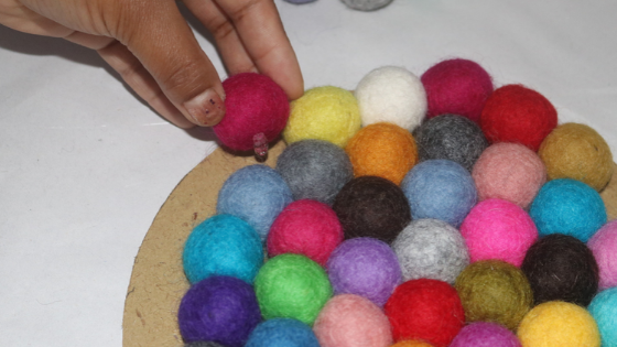 ultimate guide to make felt ball coasters