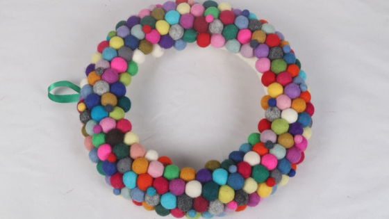 How to make a felt ball wreath